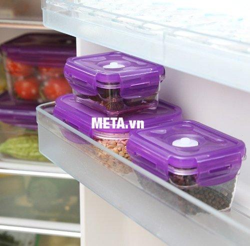 Chỉ cần sắp xếp kéo léo, bạn có thể để được nhiều thực phẩm trong hộp bảo quản chân không chữ nhật 1400ml