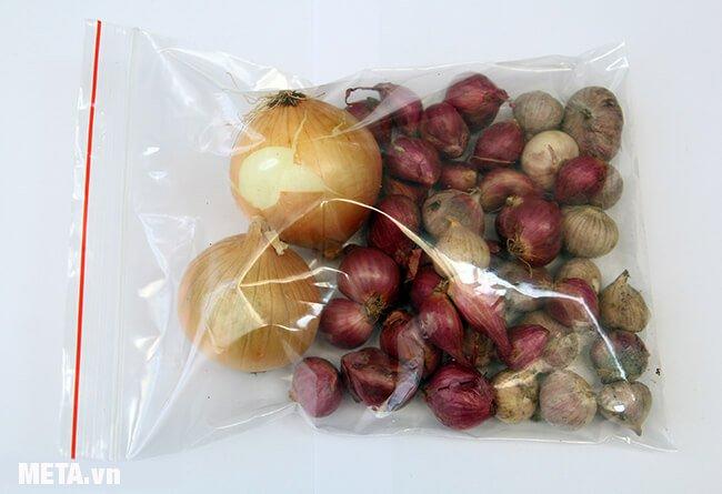 Túi đựng thực phẩm Zipper Kokusai M30 (18cm x 21cm) giup thực phẩm tươi lâu