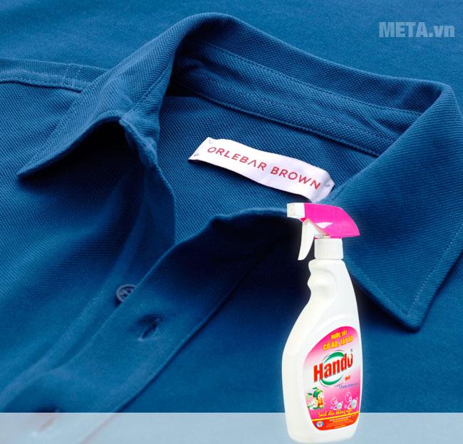 Nước tẩy vết bẩn cổ và tay áo Hando 500ml có thể sử dụng trên cả vải màu mà không hề làm phai màu vải.