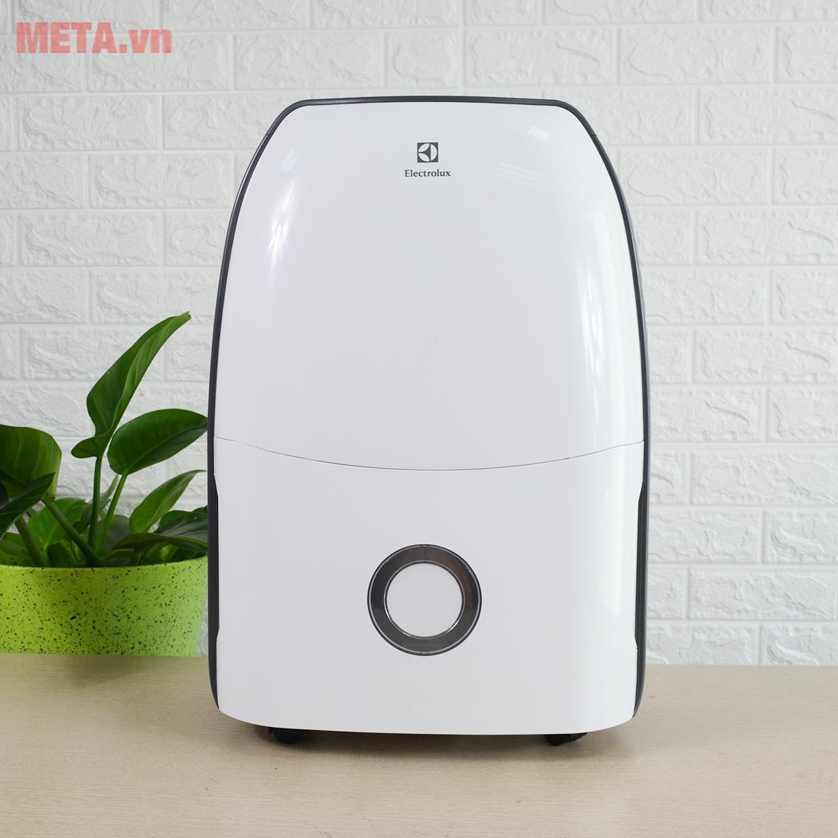 Máy hút ẩm Electrolux EDH12SDAW với thiết kế hiện đại
