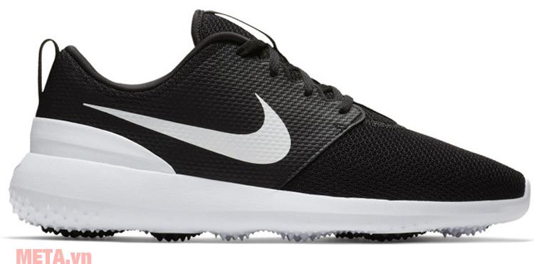 Giày Nike Roshe G AA1837-001 có kiểu dáng thể thao, năng động, phù hợp để dùng khi chơi golf