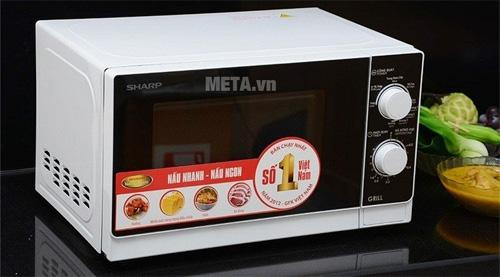 Sử dụng Lò vi sóng cơ có nướng Sharp R-G221VN-W để làm thịt bò khô tại nhà