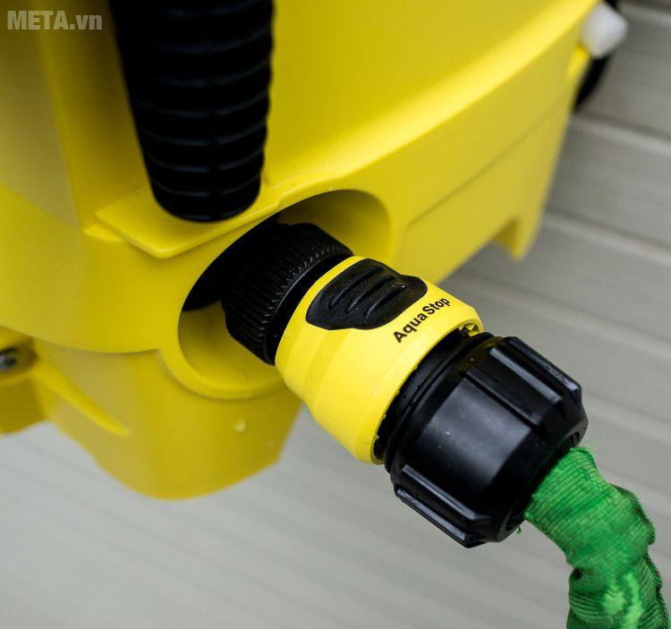 Đường nước vào của máy rửa xe Karcher K2 Compact