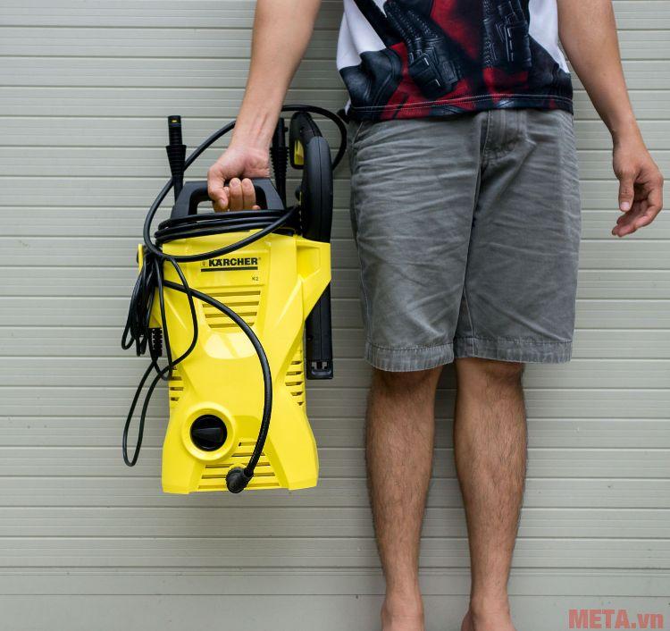 Máy rửa xe Karcher K2 Compact nhỏ gọn, trọng lượng rất nhẹ 4.7kg
