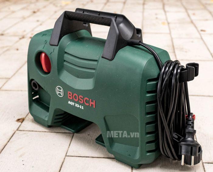 Máy xịt rửa Bosch Aquatak-33-11 có vỏ máy bằng nhựa cao cấp