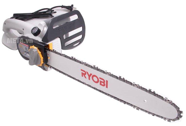Máy cưa xích Ryobi CS-402L có chiều dài lưỡi cưa 400mm