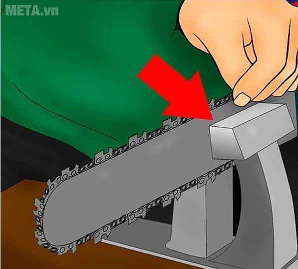 Cách dũa xích của máy cưa xích - Bước 4