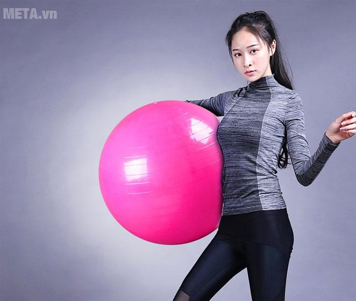 Bóng tập yoga sẽ giúp bạn giảm cân nhanh chóng