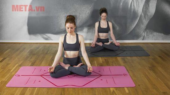 Thảm Yoga cao cấp Vendy định tuyến