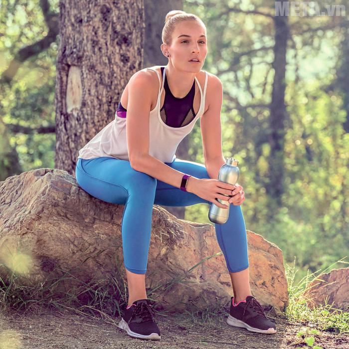 Fitbit Charge 2 hỗ trợ vận động nhiều môn thể thao