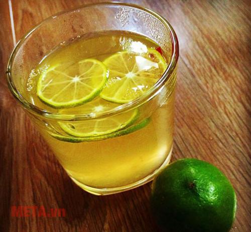 Nước chanh đường nguyên chất là thức uống quen thuộc của mọi người