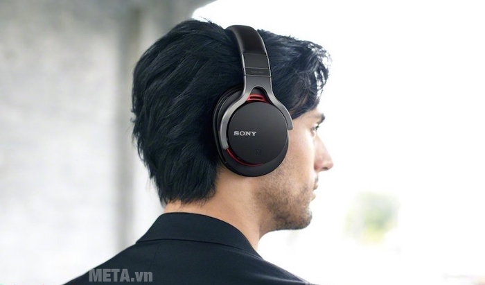 Tai nghe Sony MDR-1RBTMK2 với bộ khuếch đại âm thanh S-Master cho âm thanh HD chân thực nhất