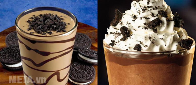 Trang trí thêm bằng siro socola hoặc whipped cream
