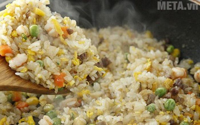 Cơm rang kiểu Thái sẽ có mặt trong căn bếp nhà bạn với công thức này