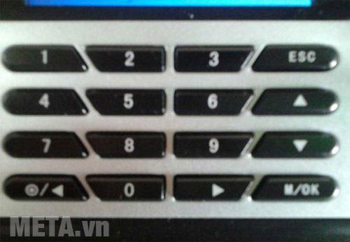 Ronald Jack X628-C thiết kế bàn phím có 16 ký tự