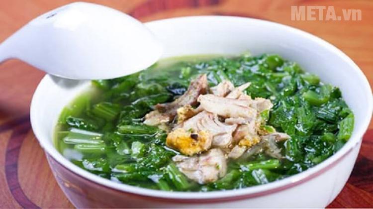 Canh cải nấu cá rô là món ăn chứa nhiều chất dinh dưỡng