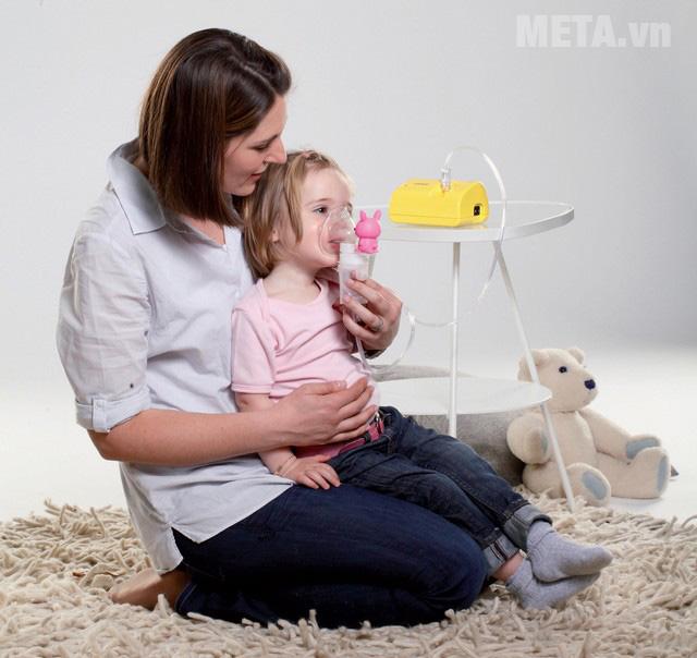 Máy xông mũi họng nén khí rất an toàn khi sử dụng cho trẻ em