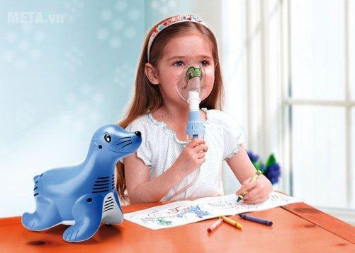 Nhiều sản phẩm máy xông mũi họng được thiết kế đặc biệt dành riêng cho trẻ em với kiểu dáng thiết kế dễ thương