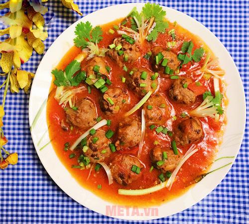 Thịt viên sốt cà chua
