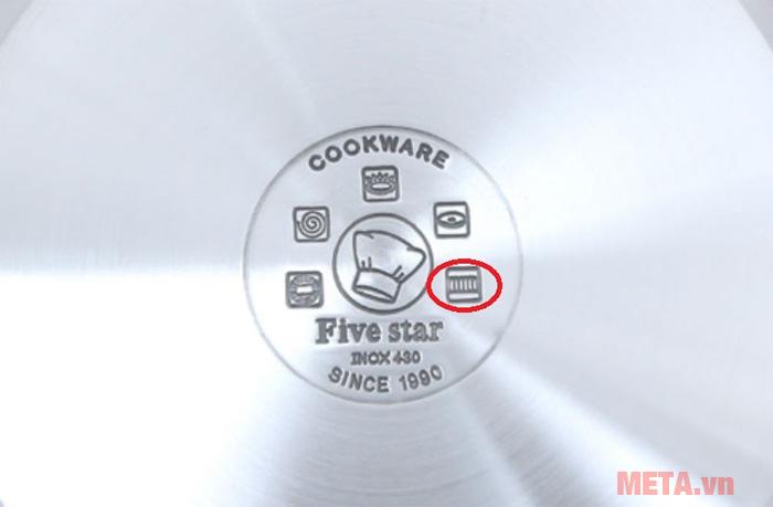 Nồi chảo có biểu tượng lò xo dưới đáy có thể sử dụng được cho bếp từ