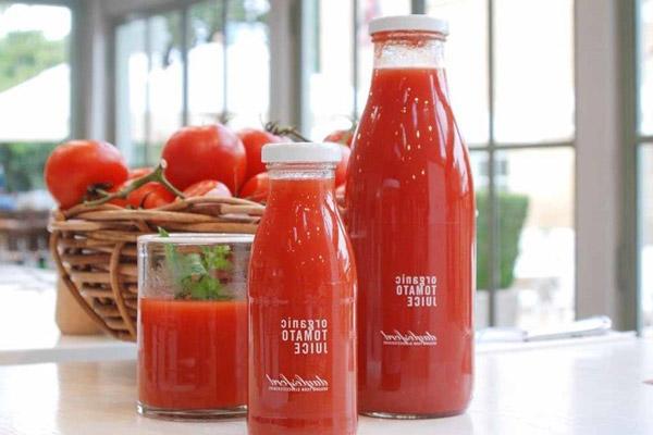 Giải rượu nhanh bằng nước ép cà chua