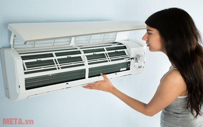 Thời gian để bảo trì và vệ sinh máy lạnh định kỳ là bao lâu?