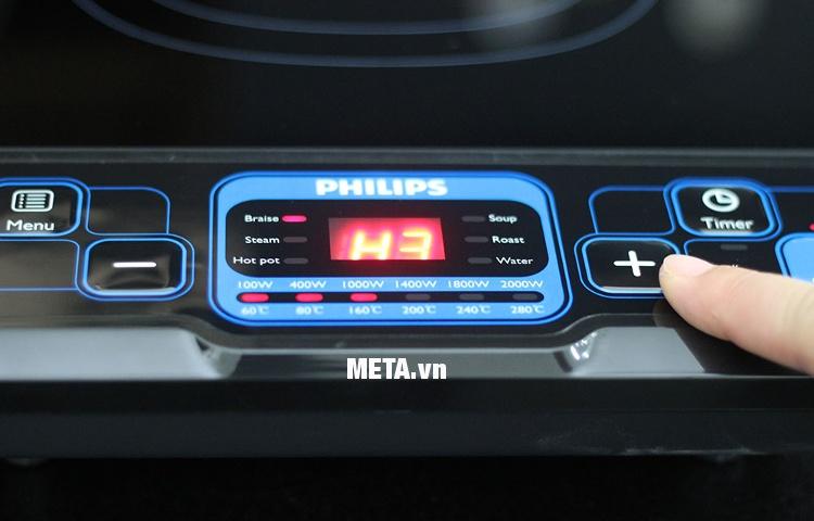 Bếp điện từ Philips HD4921 thiết kế bảng điều khiển các nút bấm đơn giản, dễ sử dụng