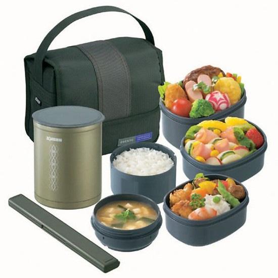 Hộp cơm giữ nhiệt giúp mang cơm, thức ăn đến văn phòng, lớp học, bệnh viện... vô cùng tiện lợi.