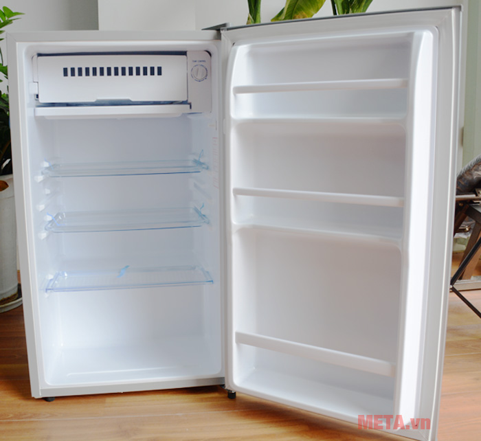 Với dung tích 90 lít tủ lạnh phù hợp với nhu cầu sử dụng của cá nhân