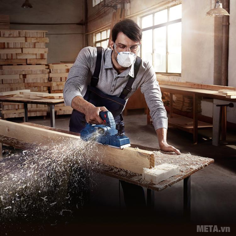 Máy bào gỗ Bosch