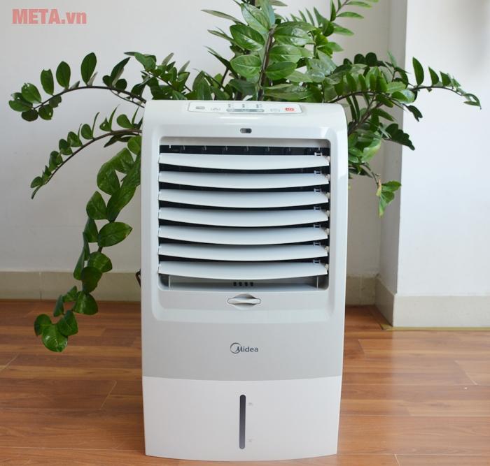 Quạt hơi nước Midea AC120-15F phù hợp cho phòng có diện tích 10 - 15 mét vuông.