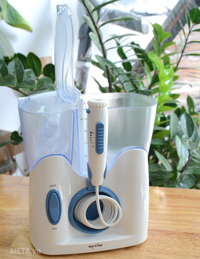 Phân biệt sự khác nhau giữa chỉ nha khoa và máy tăm nước