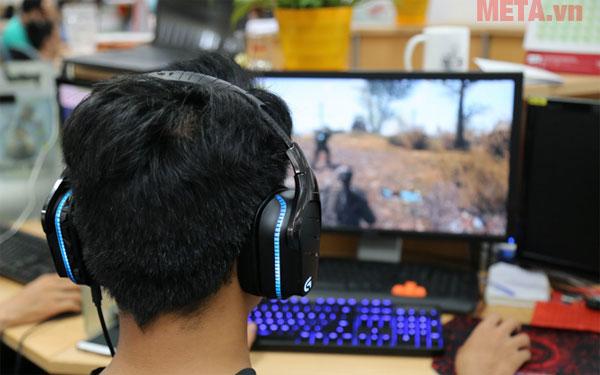 Tai nghe chơi game chụp tai Logitech G633 Artemis Spectrum